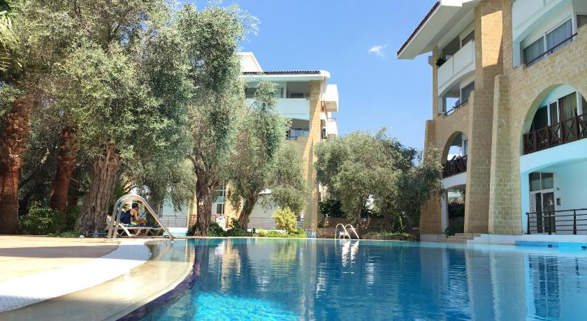 Best time to travel Cyprus Kyrenia Centre Apartment