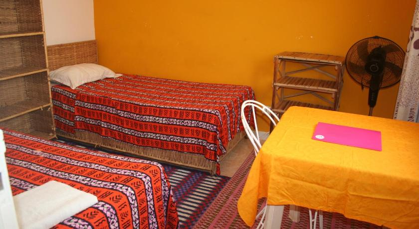 Standard Twin Room with Shared Bathroom Auberge Keur Diame