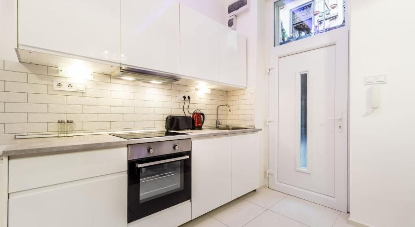 Laza Downtown two bedroom flat