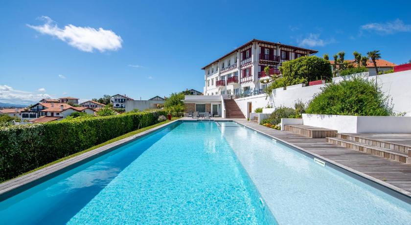 Best time to travel France Hotel Itsas Mendia