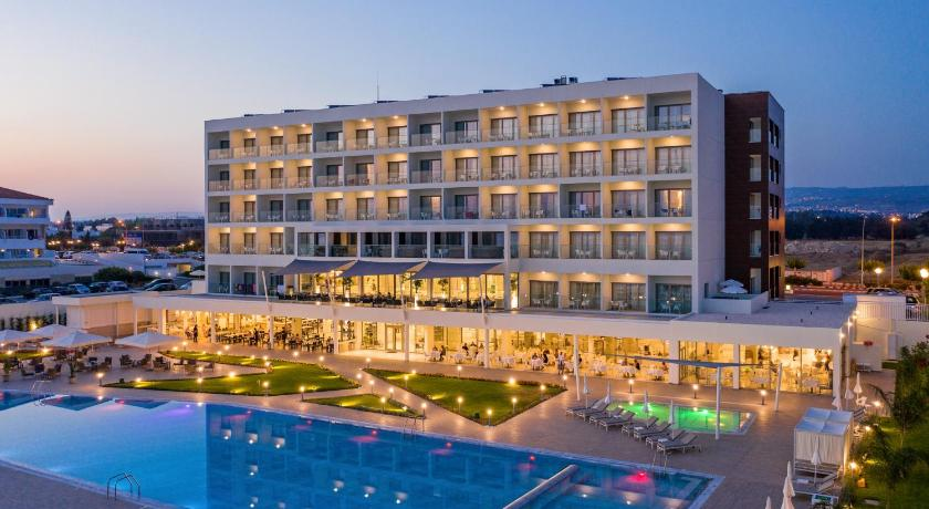 Best time to travel Paphos Louis Ivi Mare
