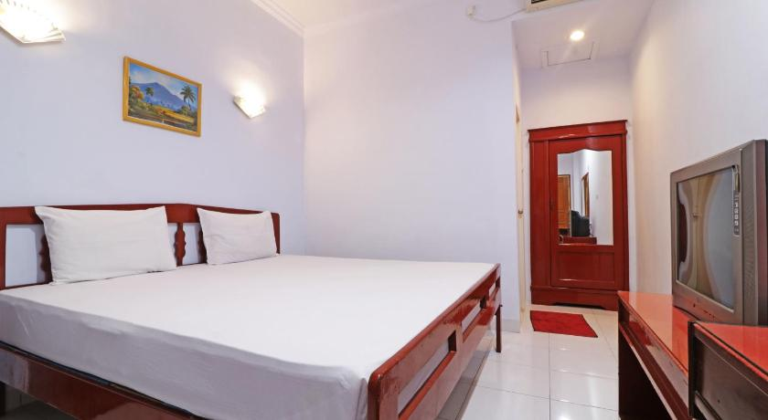 Best time to travel Indonesia Hotel Mustika Sari