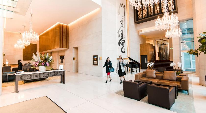 Best time to travel Vancouver Shangri-La Hotel Vancouver