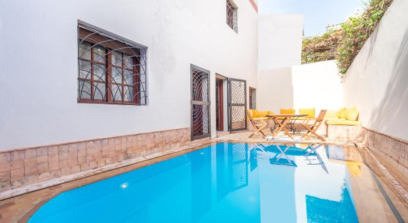 Best time to travel Morocco Private Villa in Center