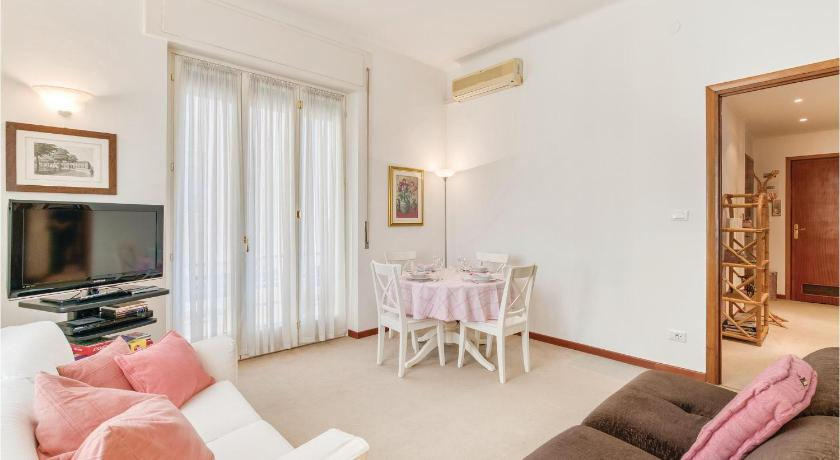 Two-Bedroom Apartment in Vallecrosia (IM)