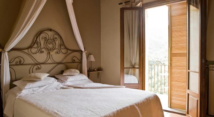 Chambres D Hotes Apricale Italie