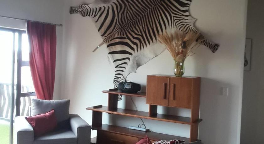 Astra Self-Catering Apartment Prezzi, foto,recensioni ...