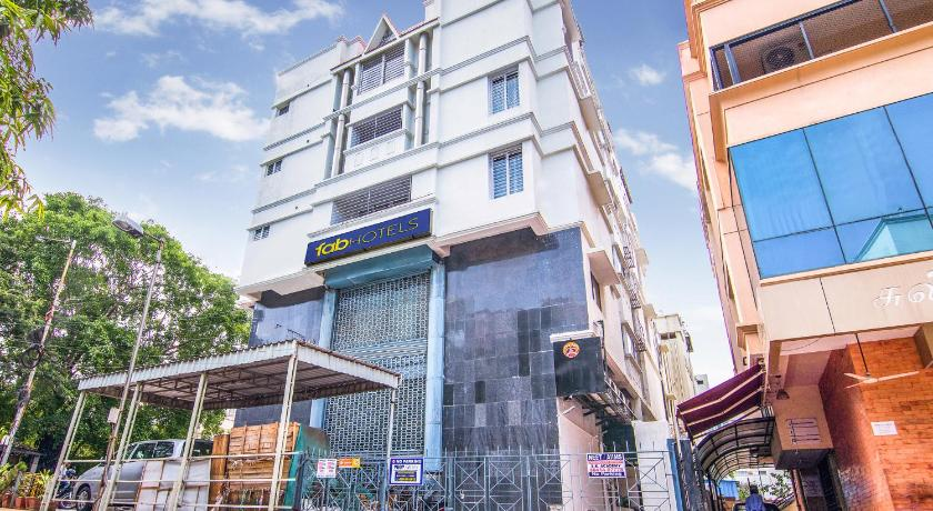 Meer over FabHotel Venkeys Service Apartment Mylapore