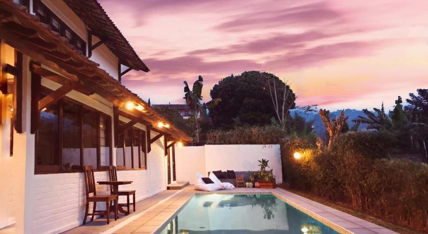 Bogor Arthill Villa Puncak Booking Deals Photos Reviews