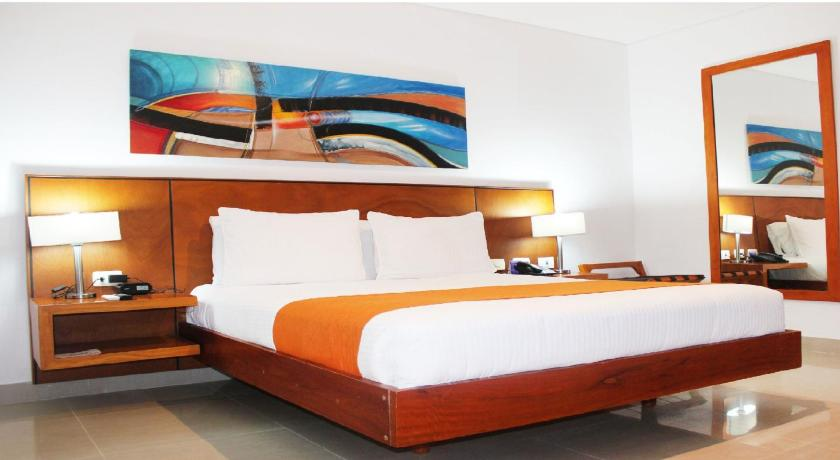 Standard Double Bed Room Hotel Atrium Plaza