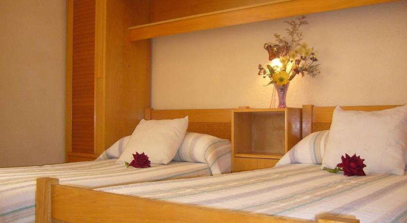 Twin Room with Shared Bathroom Pension Fuenterrabia