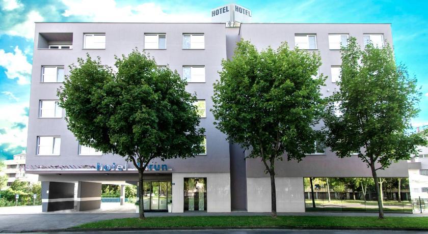 Best time to travel Zaprešić Hotel Jarun