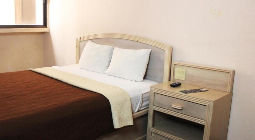 Hotel Corona Plaza In Rosarito Room