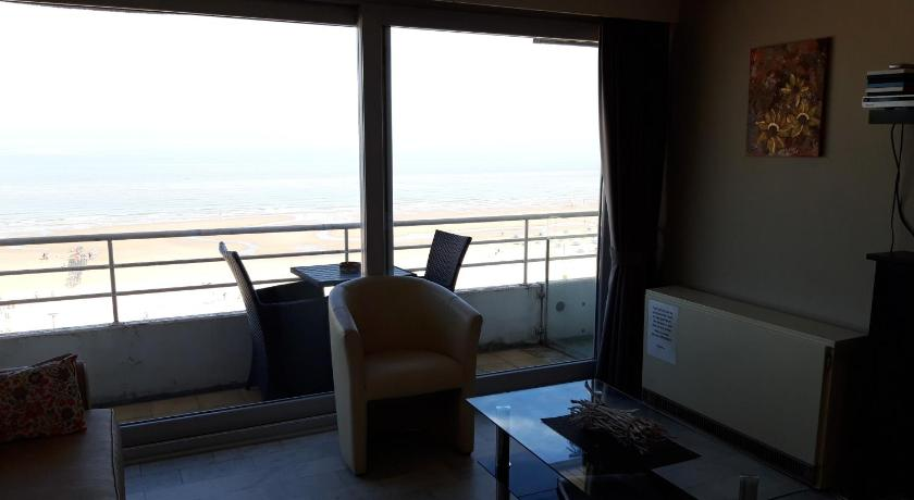 studio beach- and seaview Blankenberge