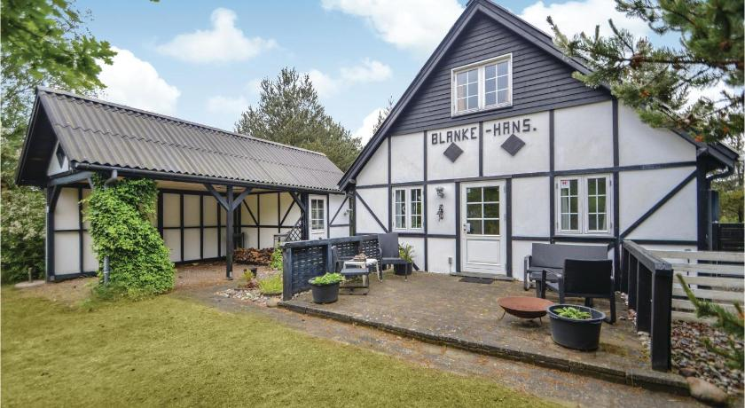 Stunning home in Rømø w/ WiFi and 3 Bedrooms
