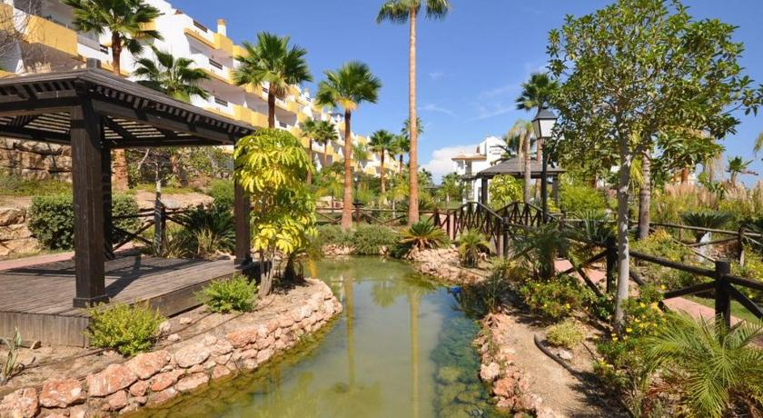Two-Bedroom Apartment Fantastic Apartment in the best Golf Complex in Costa del Sol