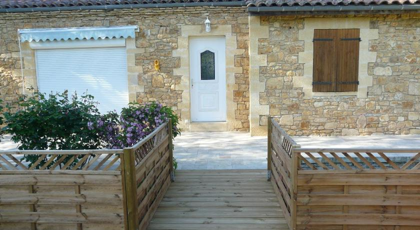 Holiday Home La- Prade House ,Beynac 24220