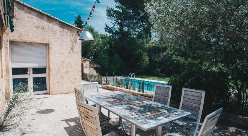 Holiday Home Charming secluded house with a private outdoor pool