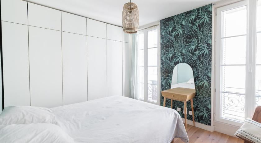Small bright apartment at 15 minutes from the Vieux Port
