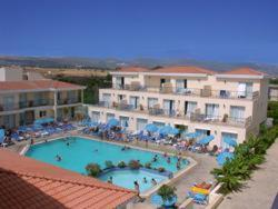 Best time to travel Cyprus Nicki Holiday Resort