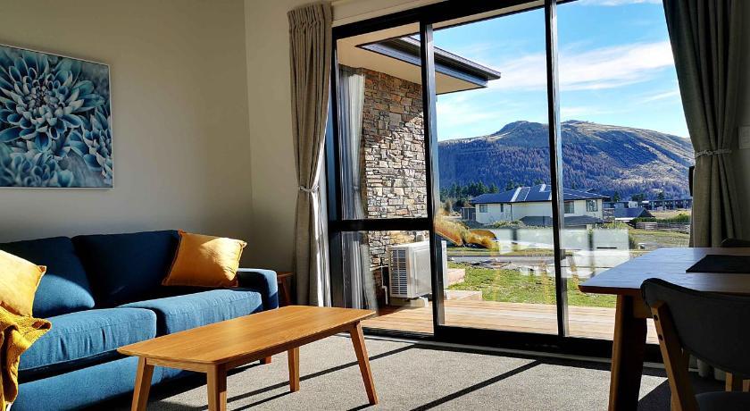 Skyrim Riverside Lodge Lake Tekapo Booking Deals Photos Reviews