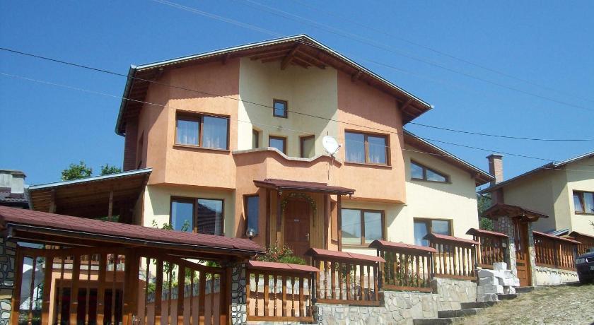 9edd258c5ee Вила Марти (Villa Marti) - НАЙ-НИСКИ ЦЕНИ от agoda.com