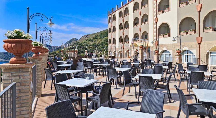 Hotel Olimpo Le Terrazze In Letojanni Room Deals Photos