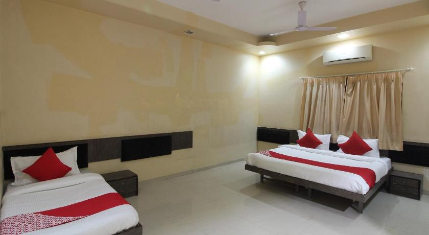 Best time to travel India OYO 46061 Priyanka Residency