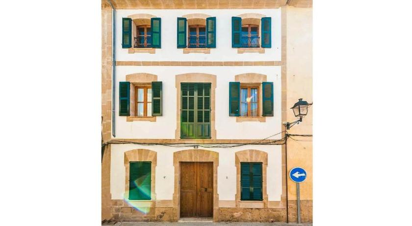 Best time to travel Spain Villa Alcudia Blanca