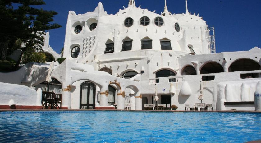 Best time to travel Maldonado Club Hotel Casapueblo