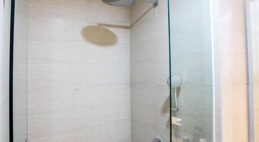 Sea View 1BR at Gold Coast Apartment near PIK By Travelio ...