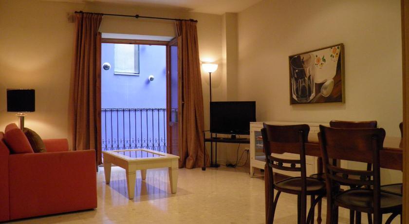 Apartaments St. Jordi Comtal - Barcelona