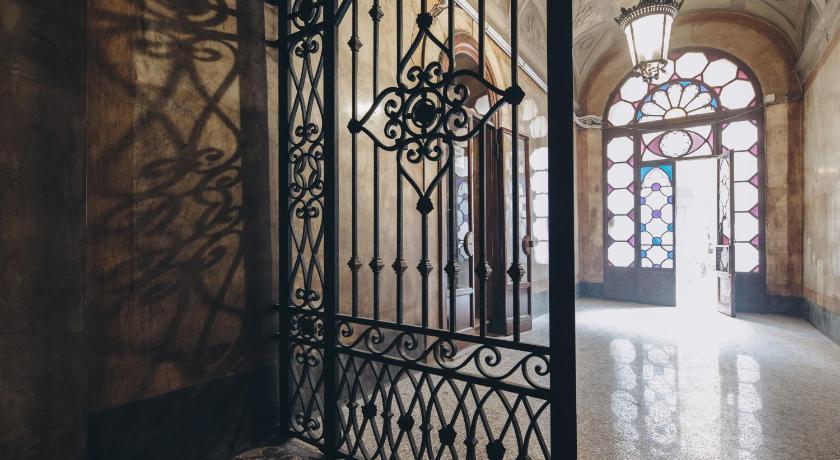 Gregorini Bingham Art Luxury Suites