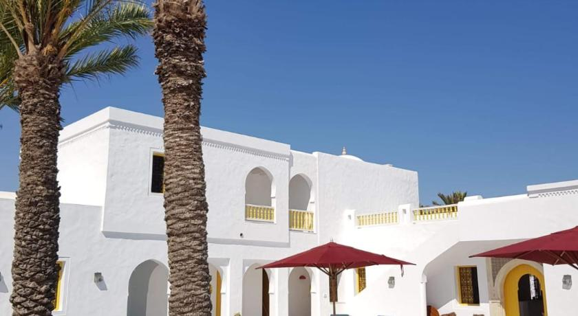 Best time to travel Tunisia Dar El Jerbi