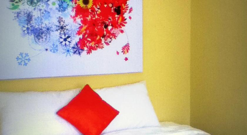 Ilustrasi fasilitas kamar Maven Cilandak Hotel