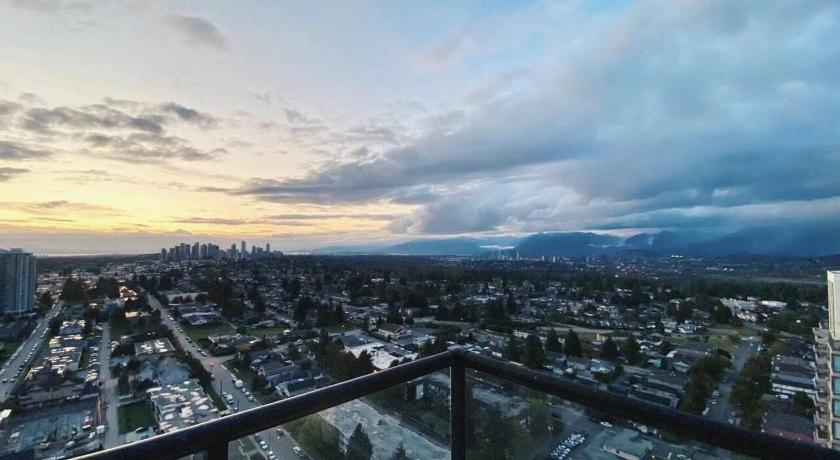 Best time to travel Canada The largest penthouse in Burnaby!