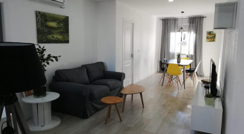Three-Bedroom Apartment Prado Design Apartment