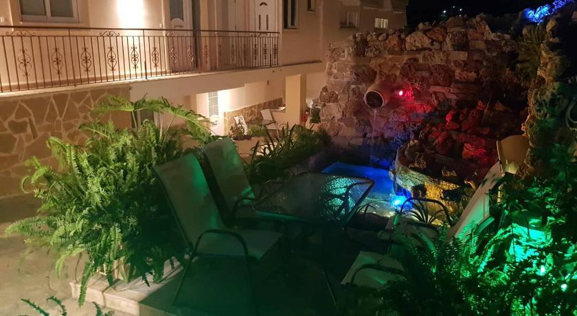 Apartments Tina Atenas Ofertas De último Minuto En