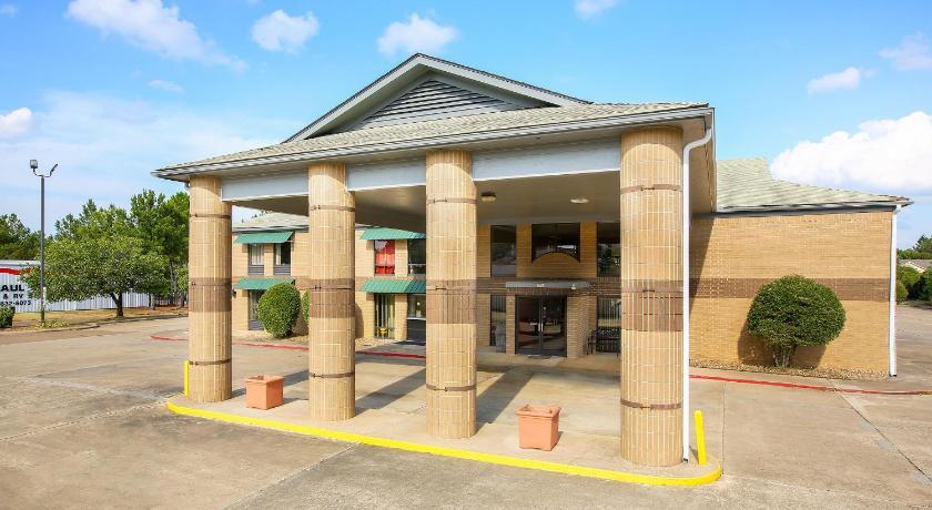 OYO Hotel Texarkana Trinity AR Hwy I-30, Texarkana (AR ...