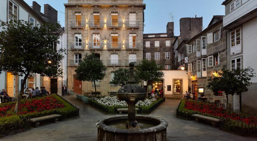 Best time to travel Santiago de Compostela Hotel Montes