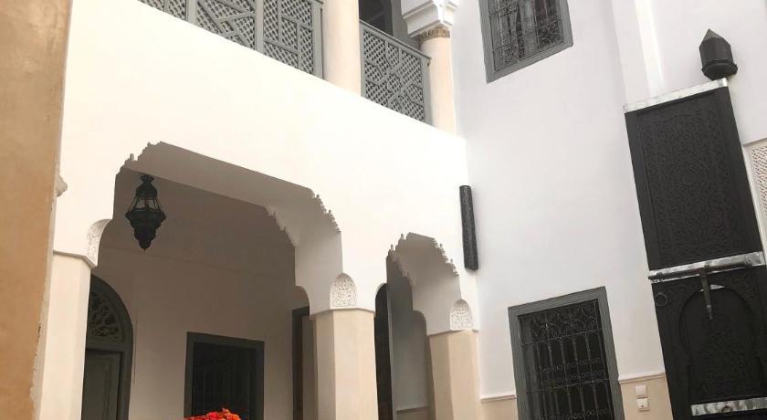 Best time to travel Morocco Riad Hadika Maria