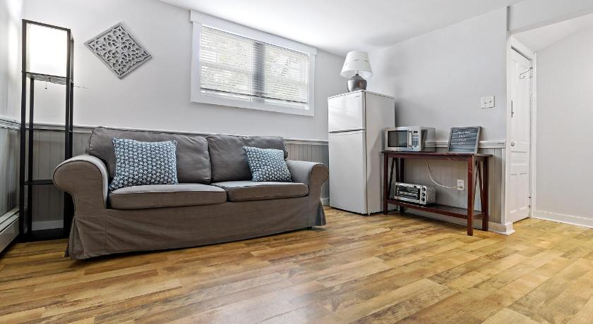 Best time to travel Canada Chic and Cozy 1 bedroom apt in DT Dartmouth
