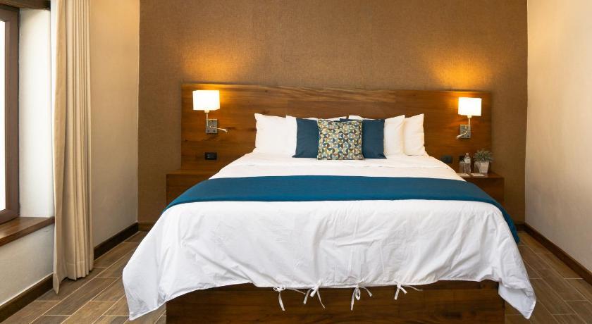 Best time to travel Honduras Casa Villamil Boutique Hotel