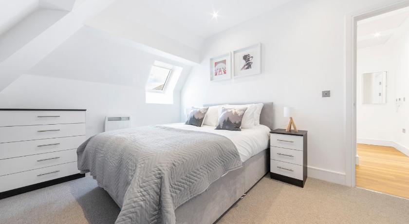 Atria Entire Apartment London Deals Photos Reviews
