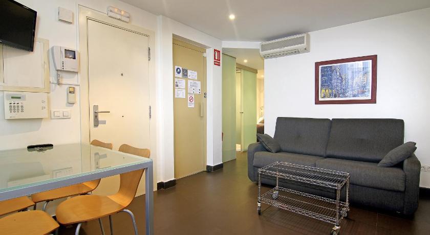 Classbedroom Apartments II - Barcelona