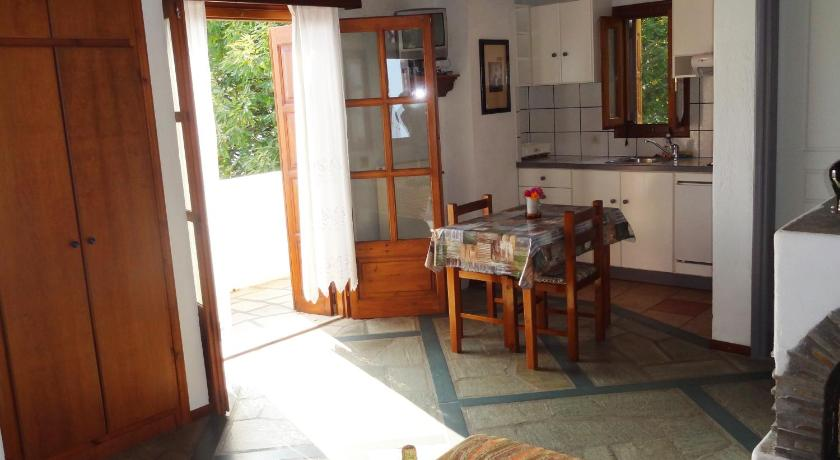 Studio (2 Adults) with Sea View Villa Enallaxis
