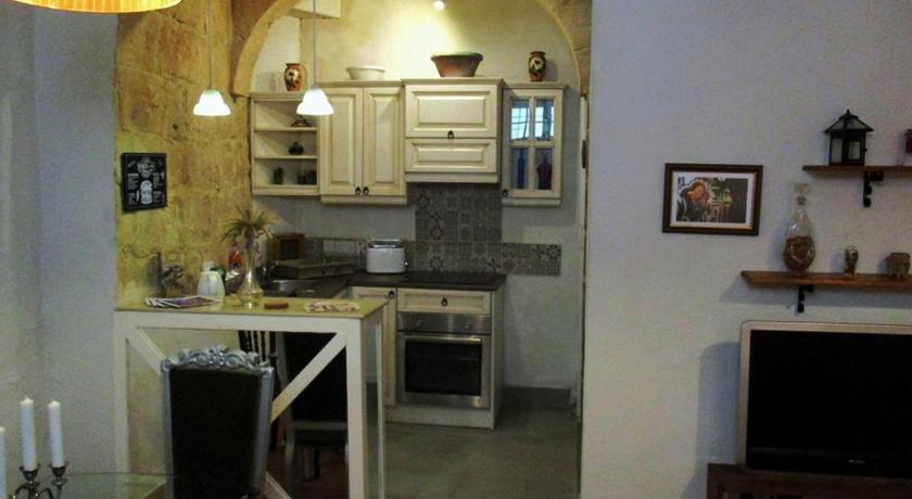 Tal-Kapilluna Zebbug Guest House