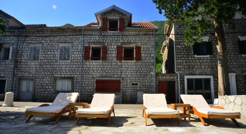 A Hundred Olive Trees Apartments Stoliv 33 Kotor