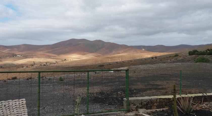 Best time to travel Fuerteventura Casa Campo de tiro Morro Negro