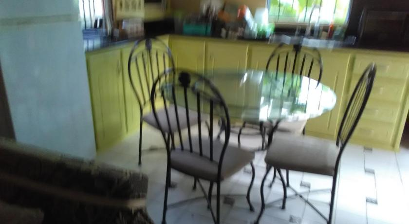 Best time to travel Saint Lucia Palm View Apartment